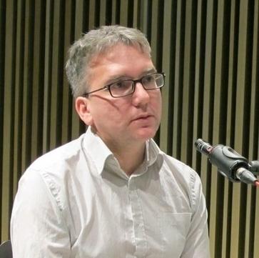 Mark Fisher en el Museo de Arte Contemporáneo de Barcelona