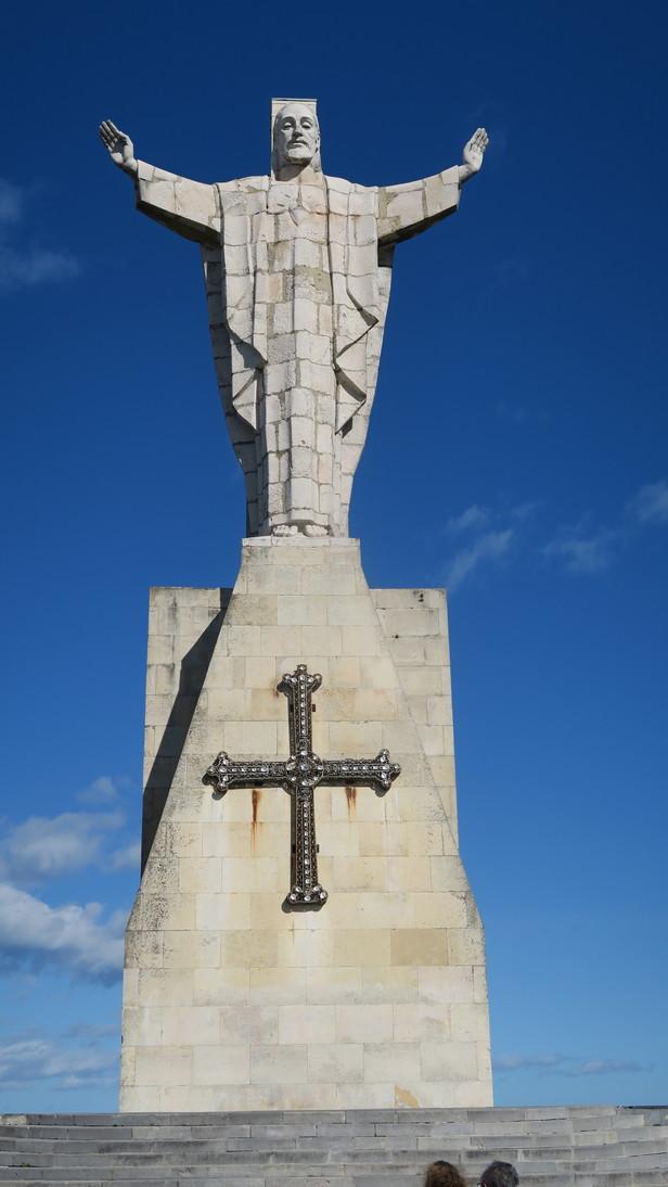 Sagrado Corazón en la cima del Monte Naranco.