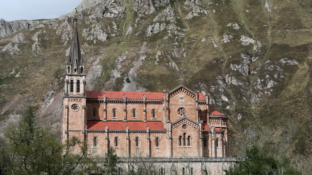 Basílica de Santa María la Real de Covadonga.