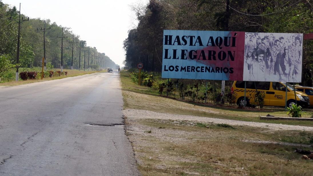 Carretera a Playa Girón.