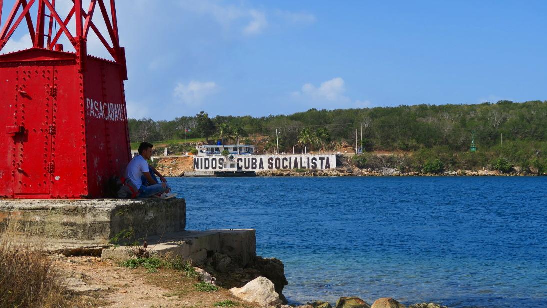Muelle del Ferry para Castillo de Jagua.