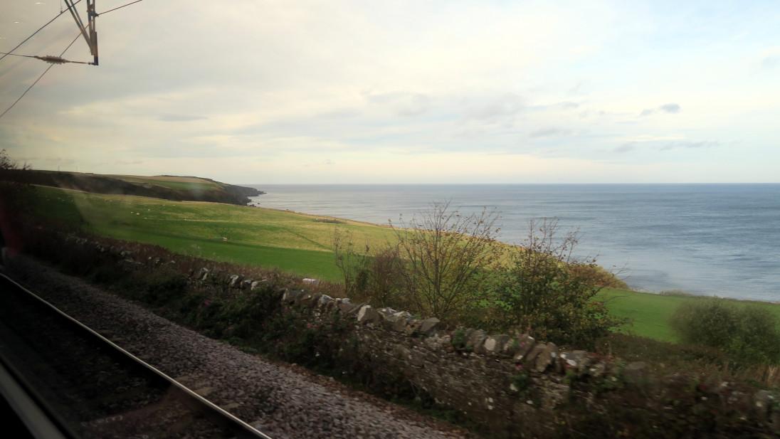 Mar del norte desde el tren.