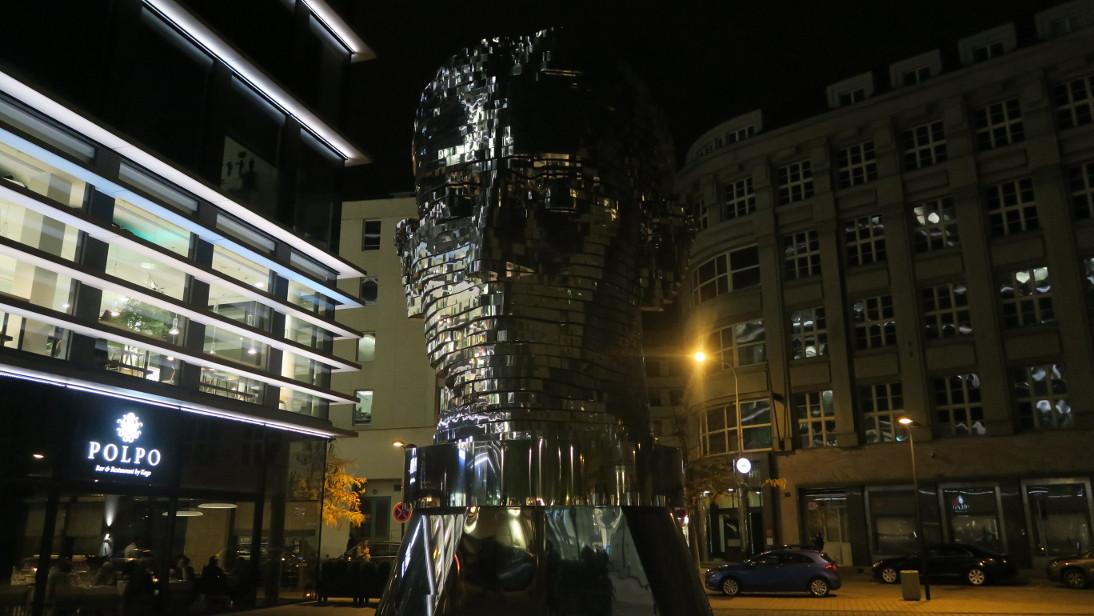 Cabeza mecánica de Franz Kafka.