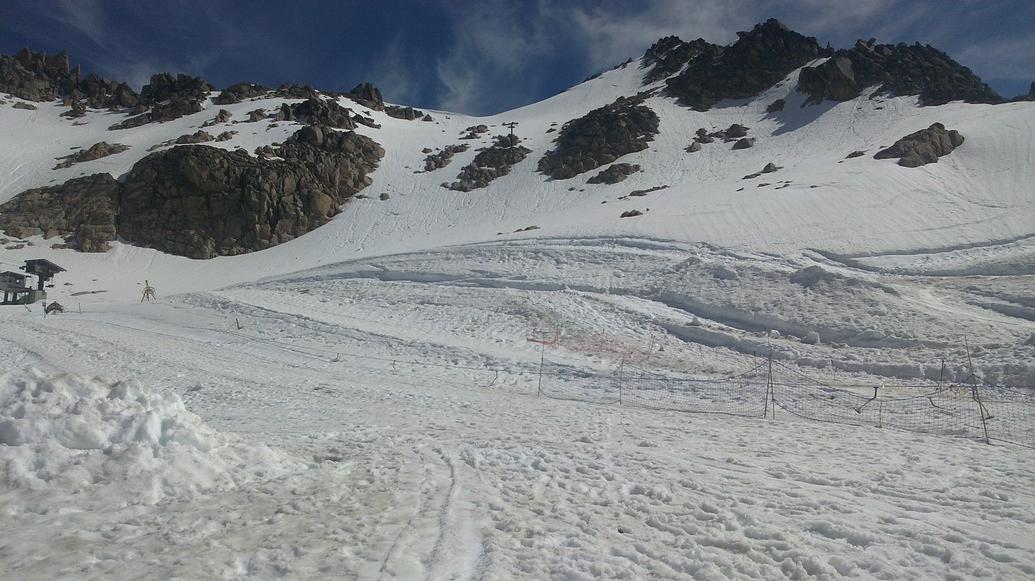 Pistas de nieve a 16°C en el cerro Catedral.